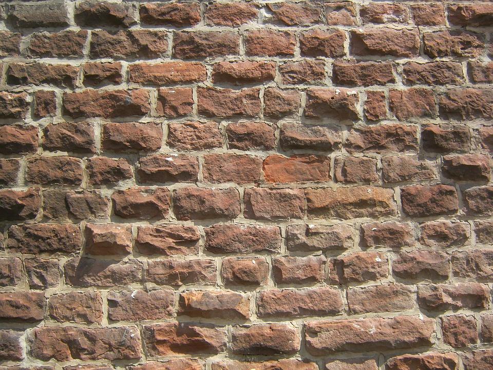 backsteinmauer backstein ziegel sandstein mauer fugen