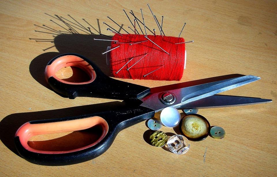 photo gratuite ciseaux couture bobine boutons image gratuite sur pixabay 269008. Black Bedroom Furniture Sets. Home Design Ideas