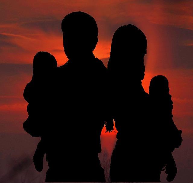 картинки семья тени