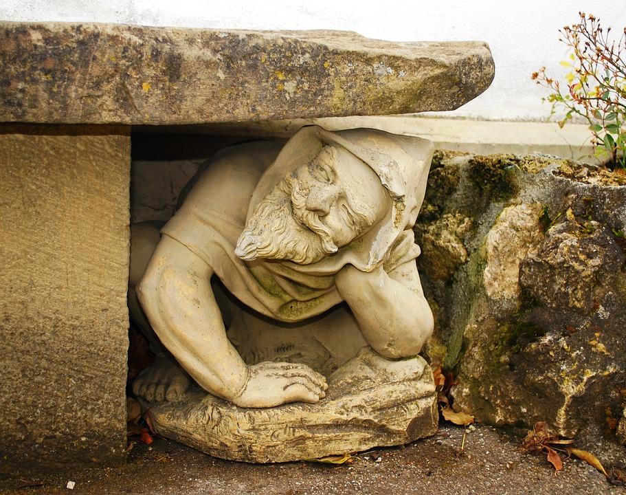 Statue Garden Art Sculpture Troll Gnome Crouch