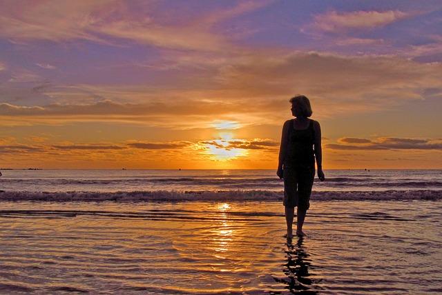 woman beach ocean 183 free photo on pixabay