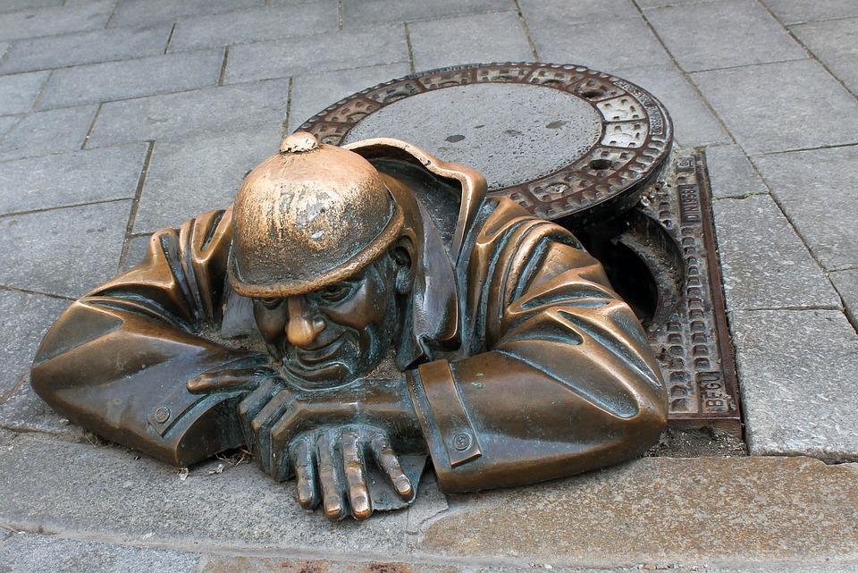 Bratislava, Channel, Sculpture, Slovakia, Funny, Bronze