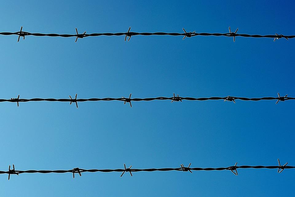 Stacheldraht Grenze Absperrung · Kostenloses Foto auf Pixabay