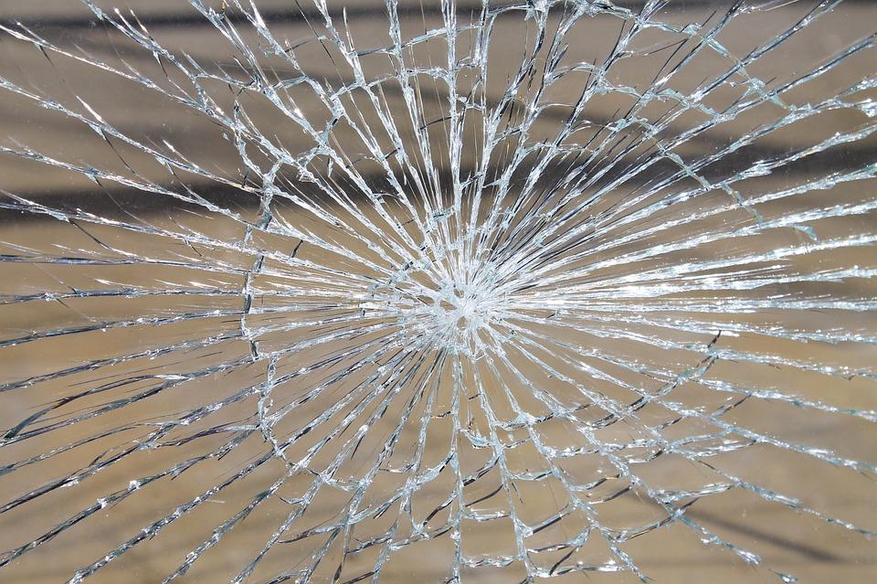 ガラス破損 ガラス 壊れた · Pix...