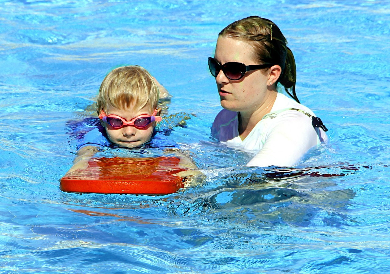 swimming tips and swimming lessons