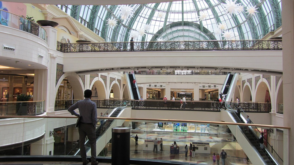 Shopping Mall, Layer, Dubai, The Glass Ceiling, Man