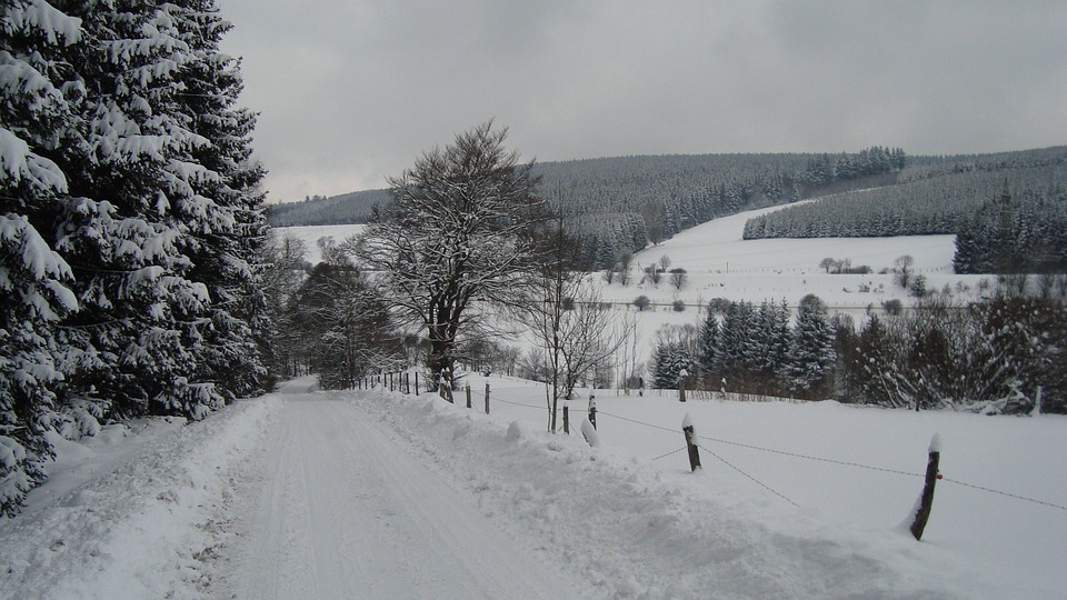 winterberg schnee landschaft kostenloses foto auf pixabay. Black Bedroom Furniture Sets. Home Design Ideas