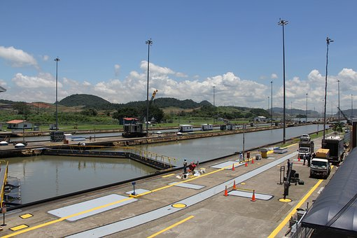 Panama Canal, Construction, Channel