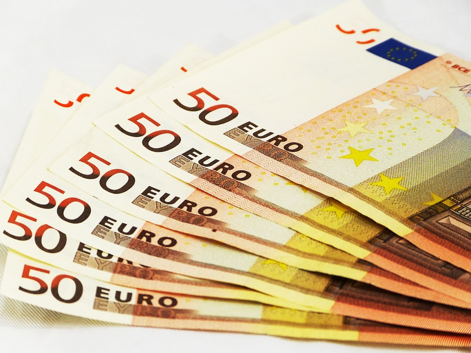 photo gratuite billets 50 euros argent europe image gratuite sur pixabay 301742. Black Bedroom Furniture Sets. Home Design Ideas