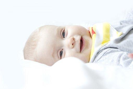 怎么看宝宝头大不大,是不是佝偻病的方颅?