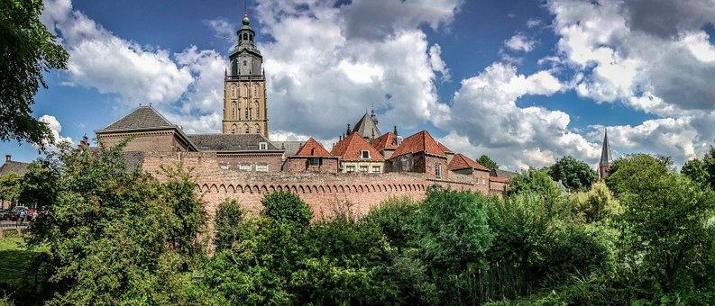Zutphen, Nederland, Historische Gebouwen