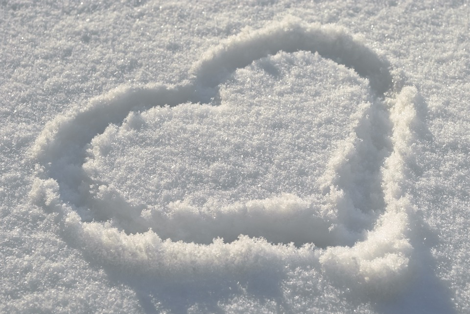 kostenloses foto winter schnee herz kostenloses bild auf pixabay 320940. Black Bedroom Furniture Sets. Home Design Ideas
