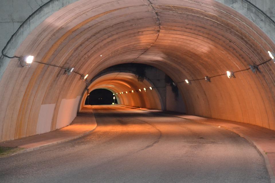 Тоннель из бетона бетон полипропилен