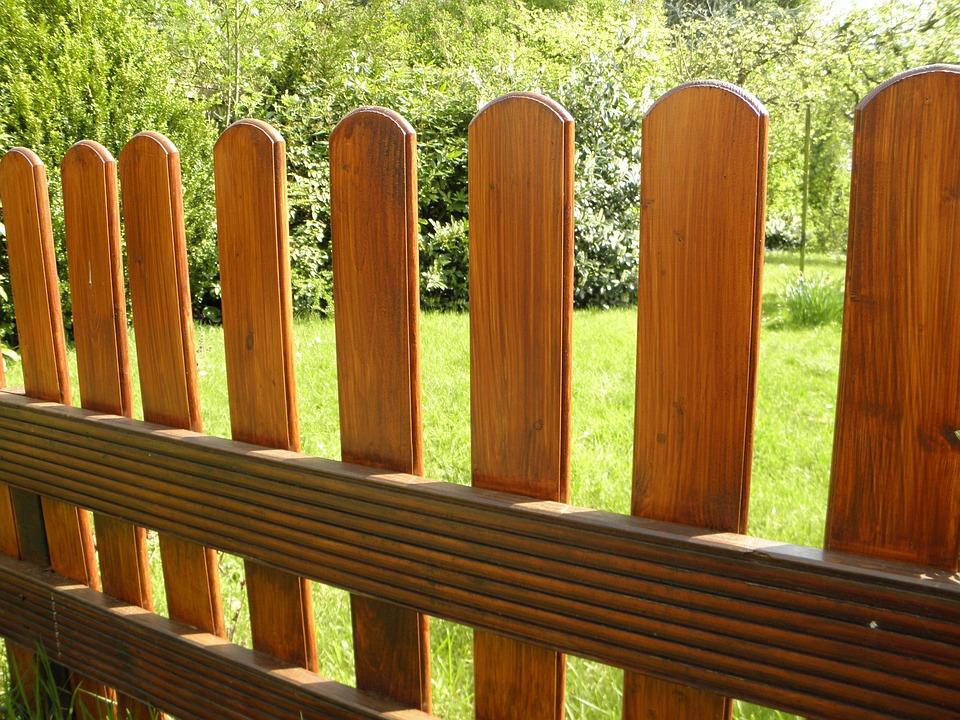 jardn cerca valla valla de madera palidez - Valla Jardin