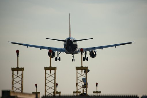 Airplane Landing Images Pixabay Download Free Pictures