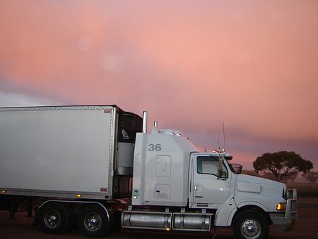 Camión, Puesta De Sol, Por Carretera