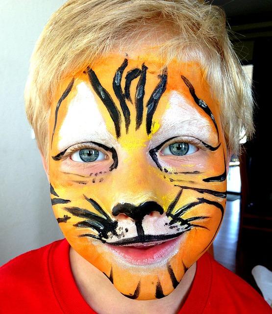 free photo mask make up costume tiger lion free. Black Bedroom Furniture Sets. Home Design Ideas