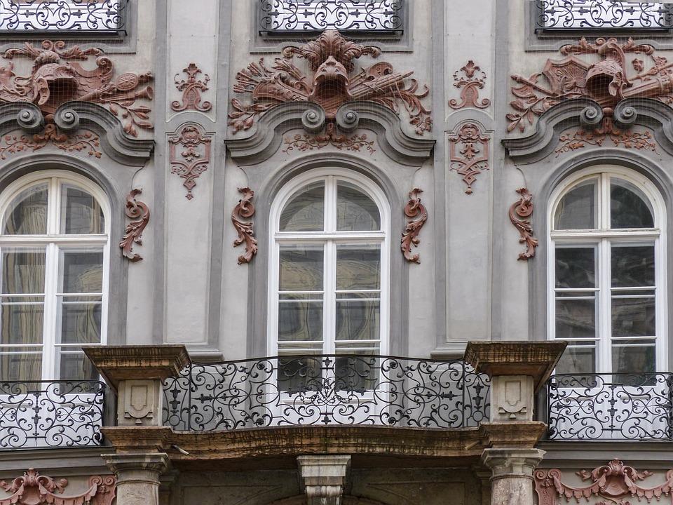 ファサード アーキテクチャ 窓 フロント ドイツ 建物 スタッコ 装飾品 スタッコの要素