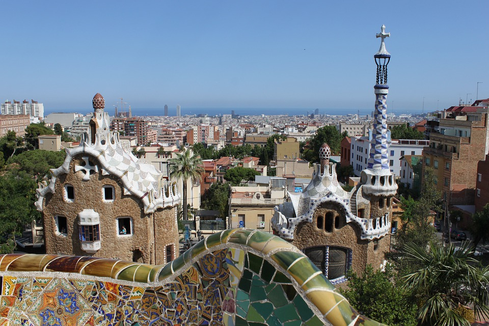 Free photo parc guell gaud barcelona spain free for Barcelona jardin gaudi