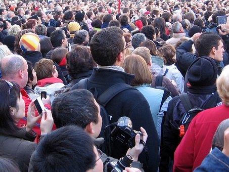 De L'Homme Public De Masse Gens Population