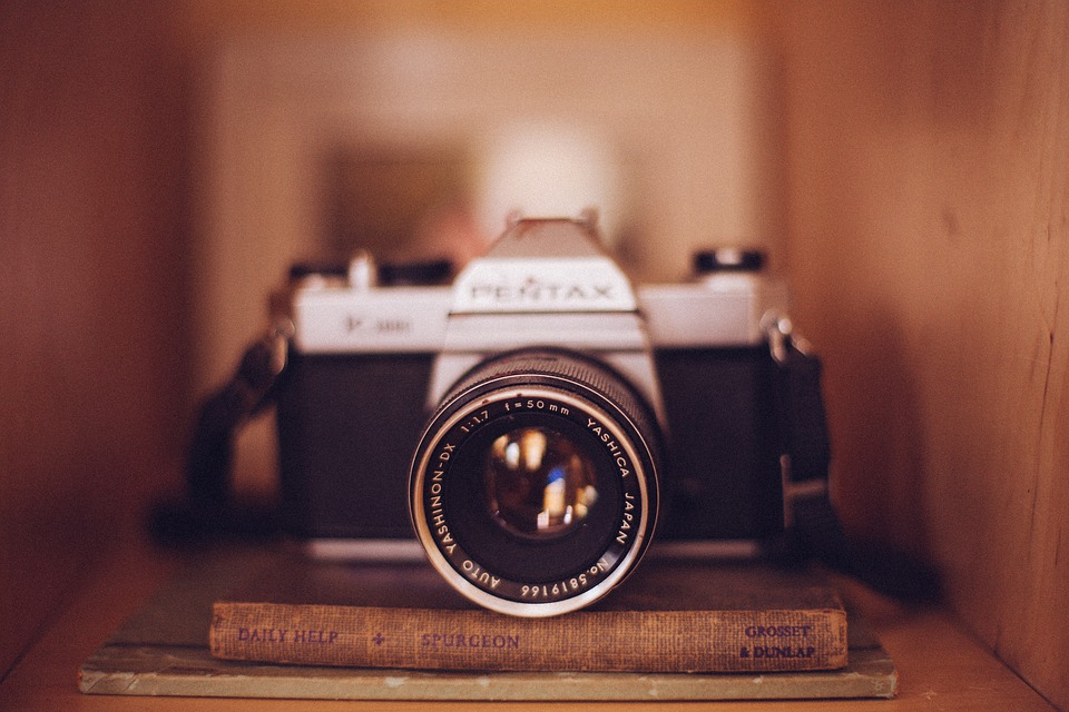Camera photography vintage free photo on pixabay for Best lens for furniture photography