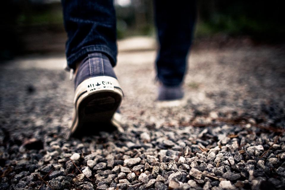 walking-349991_960_720.jpg