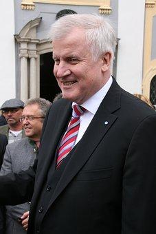 ホルスト ・ ホルストゼーホーファー, Csu, 総理大臣, 政治家, ポリシー