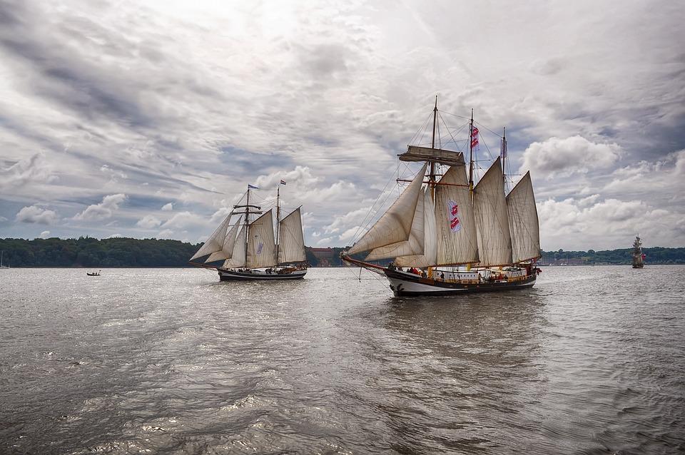 Segelschiffe auf dem meer  Kostenloses Foto: Segelschiffe, Meer, Wasser - Kostenloses Bild ...