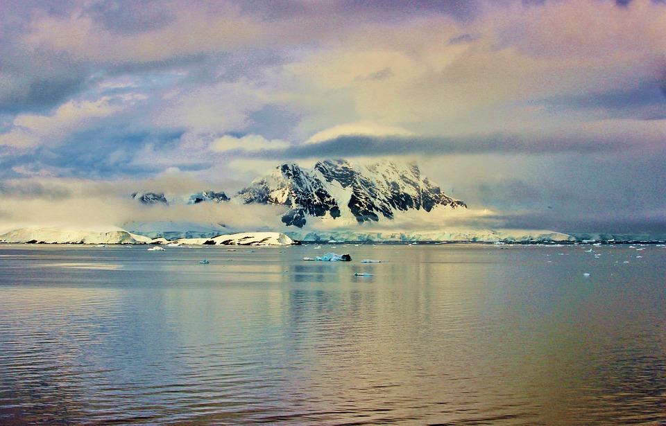 Antarktyda, Góry, Biegun Południowy, Geografia