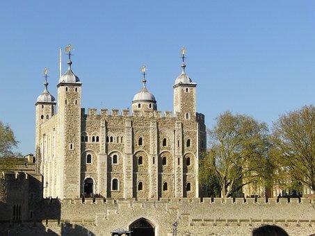 Tower Of London London London Bridge Famou