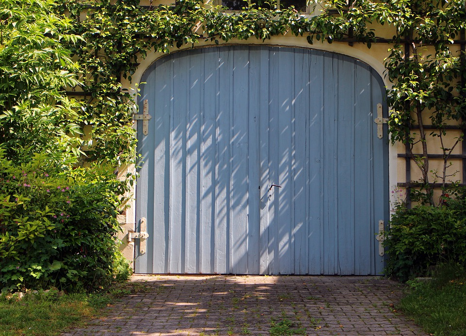 Garage Garagentor Tür Tor Flügeltür Holz