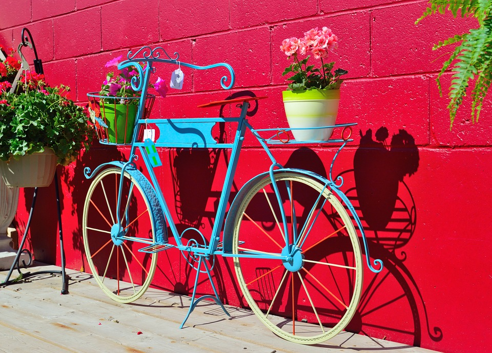 Free photo plant holder bicycle flowers free image on for Decoration jardin velo