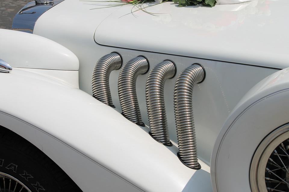 car-parts-white-365353_960_720.jpg