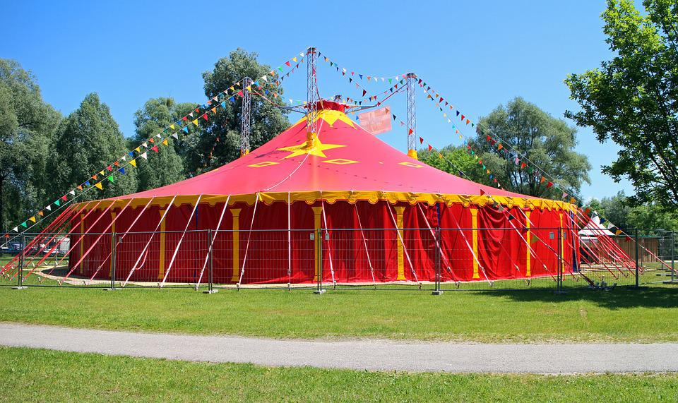circus tent circus tent red meadow nature & Circus Tent - Free photo on Pixabay