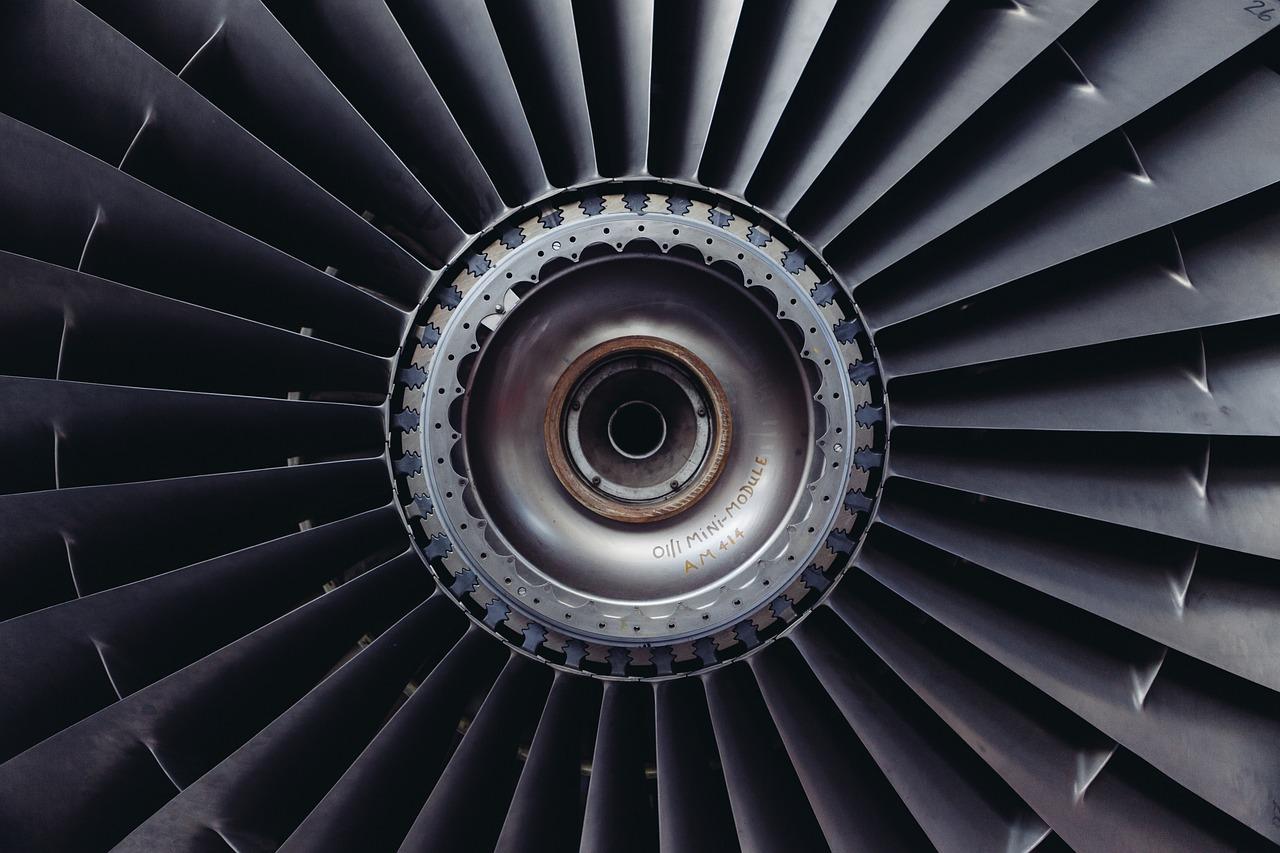 печем вентиляторы на самолет фото приподнятом настроении этот