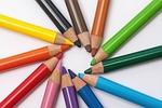 kolorowe ołówki, gwiazda, koło kolorów
