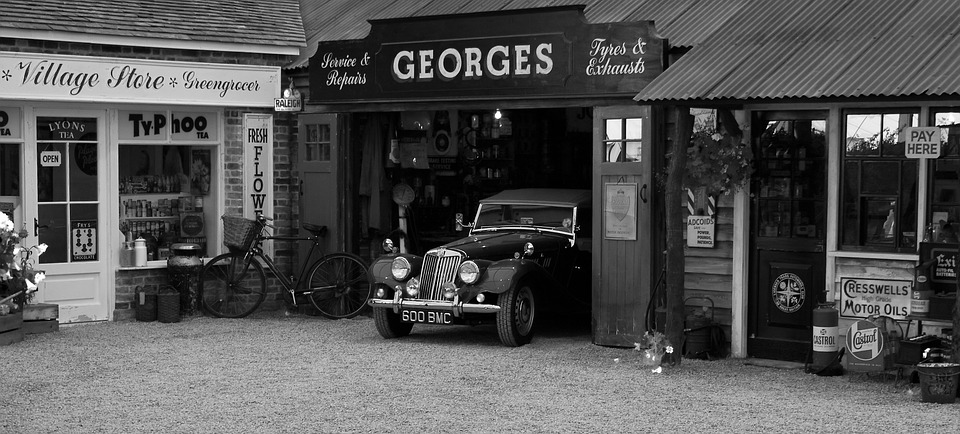 Car Old Garage Signs : Vintage car garage shop · free photo on pixabay