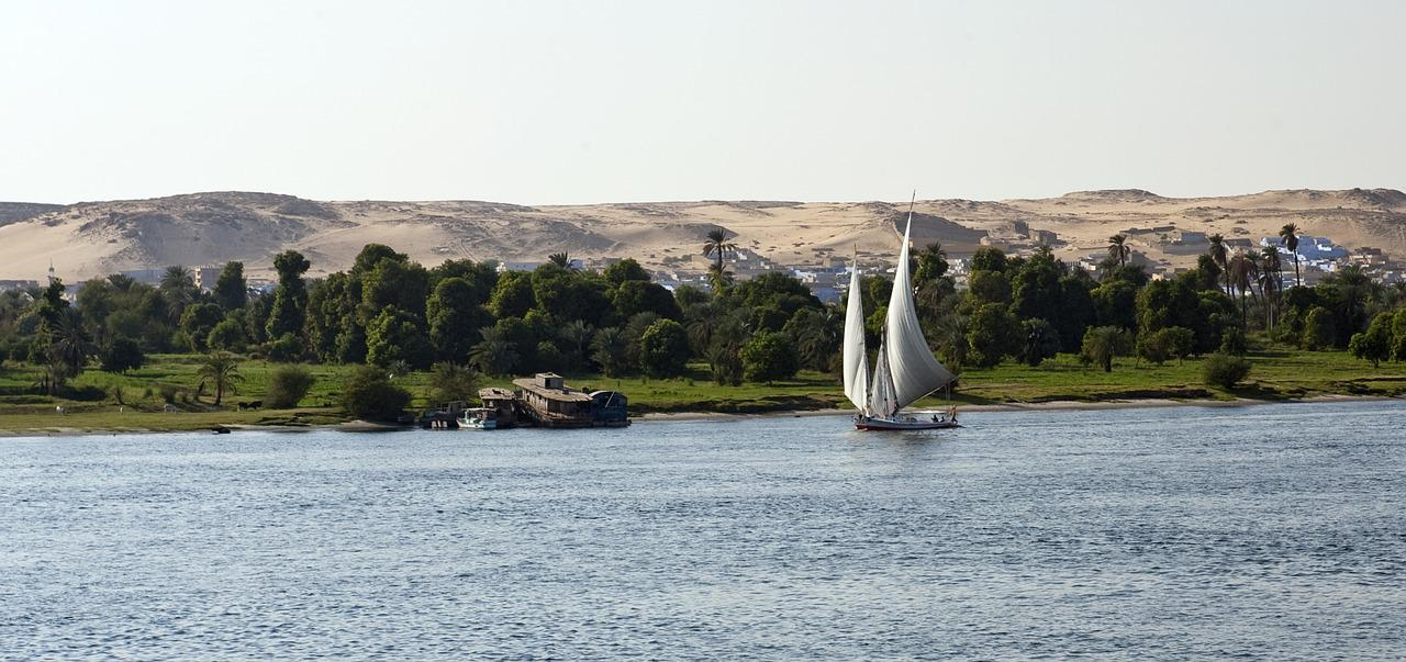 If the Nile River were stretched across the United States, it would run nearly from New York to Los Angeles.