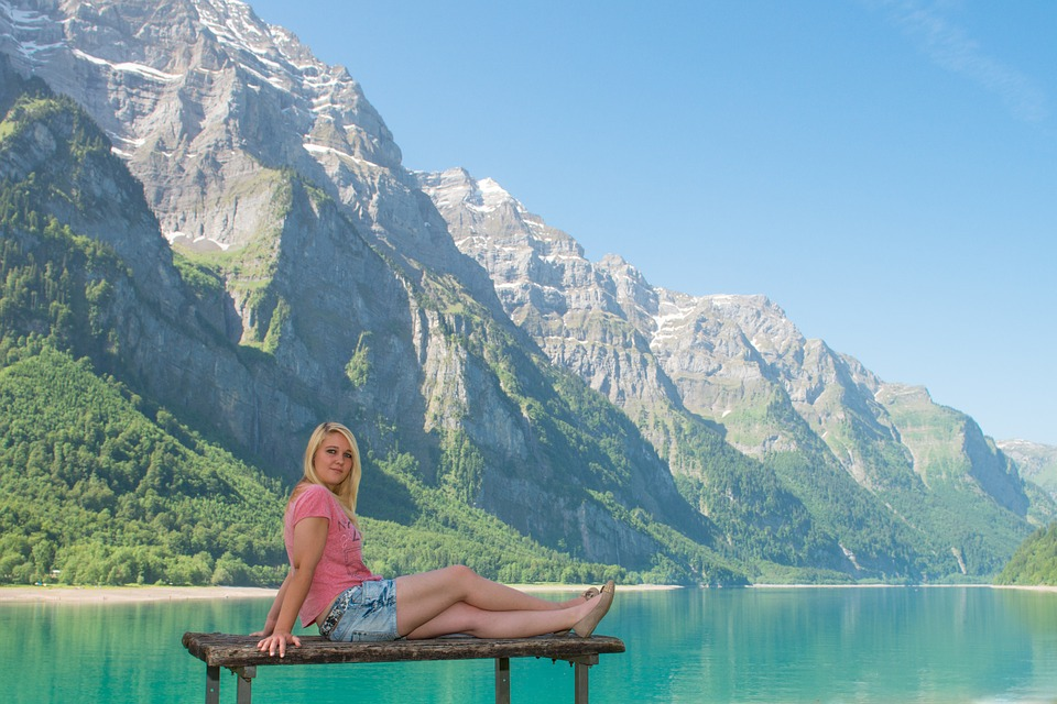 Free photo: Bergsee, Klöntal, Glarus, Woman - Free Image on Pixabay - 378526