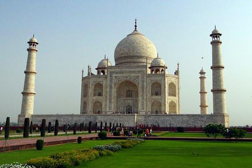 facts and stats of Taj Mahal gardens