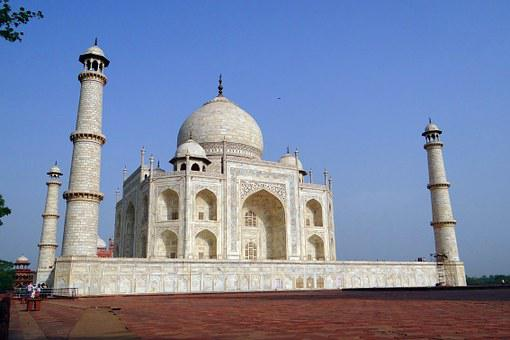 stats and facts of Taj Mahal towers