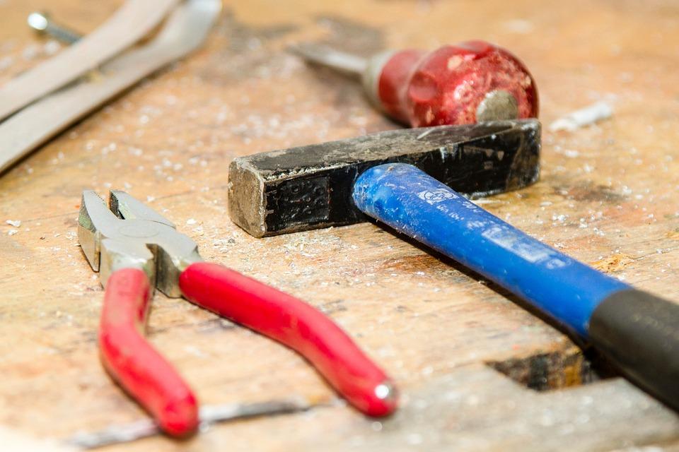 tool 384740 960 720 - 【初心者も安心】ソファ修理におけるウェービングベルトの交換を紹介