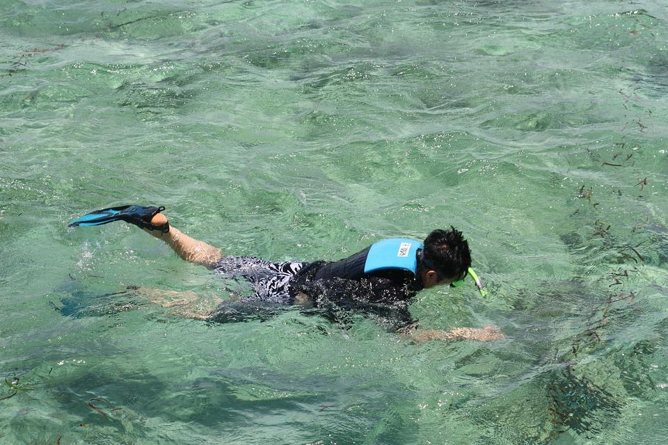 Snorkeling, Details, Sea