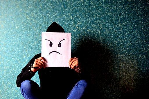 Adam, Kızgın, Tedirgin, Mutsuz, Maske