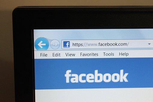 Facebook, จอมอนิเตอร์, เว็บ