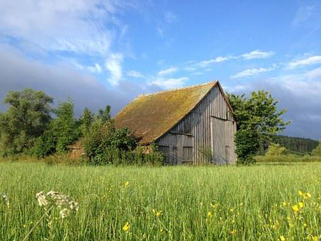 Barn, Field Barn, Summer, Meadow, Clouds - Old Barn Images · Pixabay · Download Free Pictures