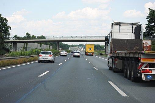 Tráfico Remoto, Camión