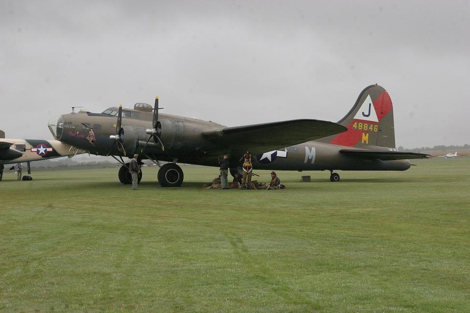 Anciens Avions Boeing-401844_960_720