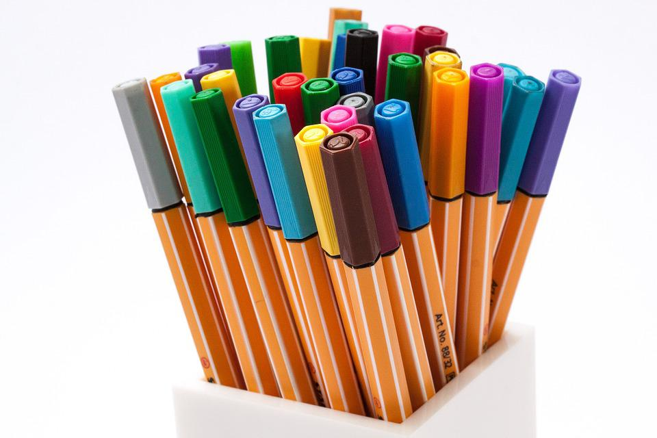 colored pencils felt tip pens color