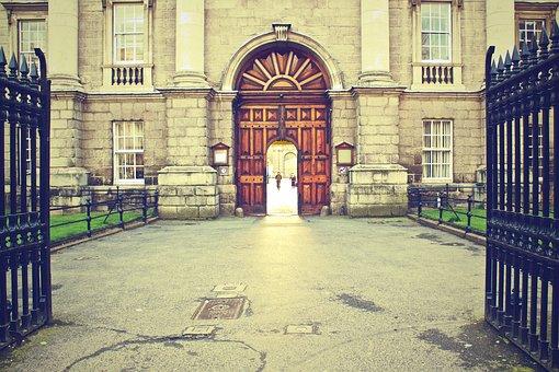 Trinity College Dublin Ireland Building Hi